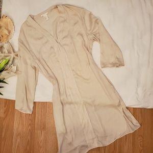 *H&M Ivory Cream Pocketed Silk Tunic*